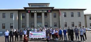 AİÇÜ'de 15 Temmuz Demokrasi ve Milli Birlik Günü kapsamında dağ tırmanışı gerçekleştirildi