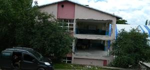 Posof Lisesi'nde onarımlar devam ediyor