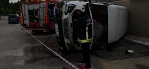 Direksiyon hakimiyeti kaybedilen kamyonet takla attı