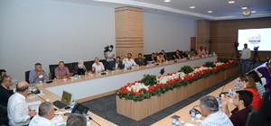 Belediye Başkanı Ekicioğlu, değerlendirme toplantısı düzenledi