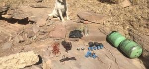 Siirt'te PKK'lı teröristlere ait EYP yapımında kullanılan malzemeler ele geçirildi