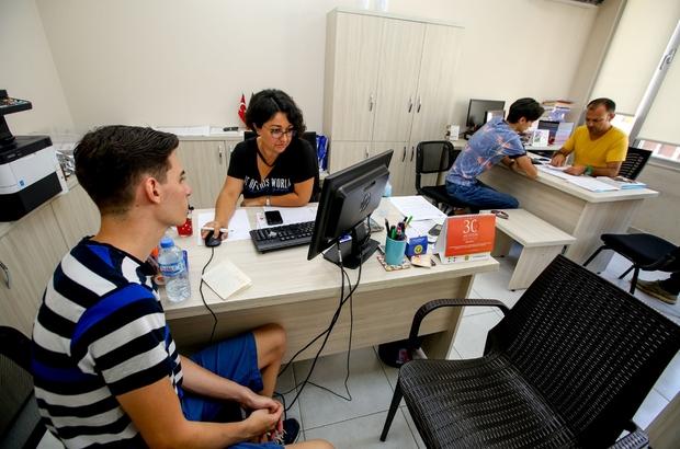 Üniversiteli gençler rotasını BEM'de belirliyor Buca'da 'Üniversite Tercih Günleri' başlıyor