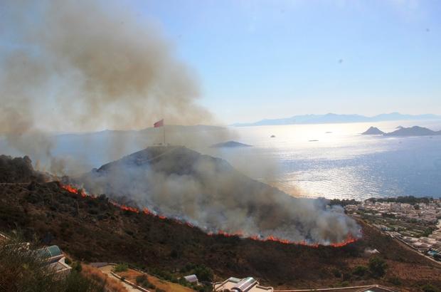 Turizm cenneti alevlere teslim oldu Alevler 3 mahalleyi sardı, 1 itfaiye eri dumandan zehirlendi