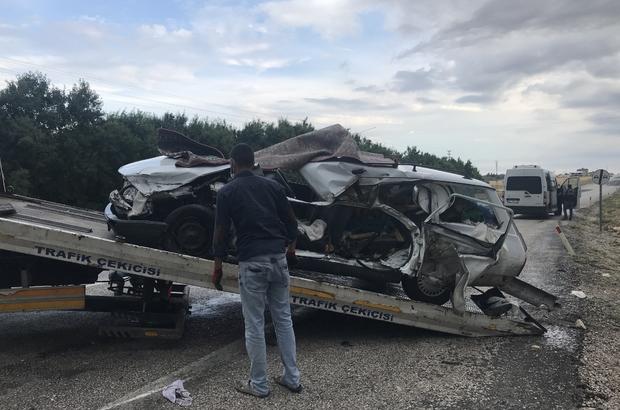 Otomobil ile kamyonet çarpıştı: 1 ölü, 5 yaralı