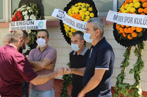 Teknik Direktör Kemal Özdeş'in acı günü Kemal Özdeş'in annesi Gülsüm Özdeş hayatını kaybetti