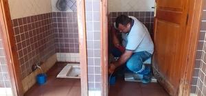 Hırsızlar tuvaletlerin musluklarını çaldı