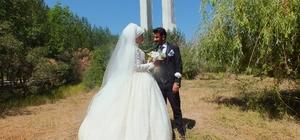 Evli çiftlerden Malazgirt'teki tarihi mekanlara ilgi