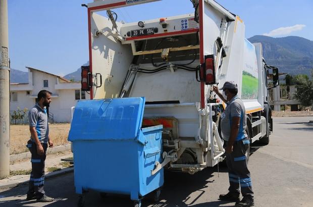 """Pamukkale'de bayram sonrası temizlik ve dezenfekte çalışmaları sürüyor Başkan Örki: """"Temizlik işleri ekiplerimiz gece gündüz faaliyetlerini sürdürüyorlar"""""""