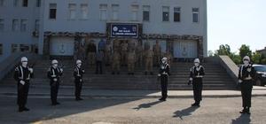 Muş İl Jandarma Komutanlığında devir teslim töreni Muş İl Jandarma Komutanı Albay Şen yeni görevine başladı