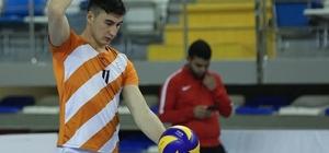 Kulalı voleybolcu Kayseri Melikgazi'ye transfer oldu