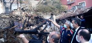 """Acı haberi Vali açıkladı, Çorum'daki yangında ölü sayısı 5'e yükseldi Yangında 1 dede ve 2 torunu ile komşularının çocukları hayatını kaybetti Kümeste başlayan yangın, önce odunluğa sonra 3 eve sıçramış Vali Mustafa Çiftçi: """"Allah bir daha böyle acılar yaşatmasın"""""""