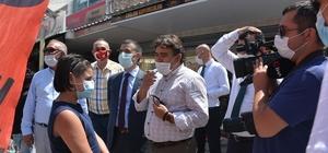 """Gurbetçilere maske ve sosyal mesafe denetimi yapıldı Yılda 100 bin gurbetçiyi ağırlayan Emirdağ'da sıkı denetimler Afyonkarahisar Vali Yardımcısı Nurullah Kaya: """"Gurbetçilerin duyarlılığı yüksek"""""""