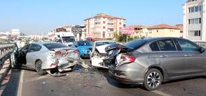 Yalova'da zincirleme trafik kazası: 4 yaralı 7 araç birbirine girdi