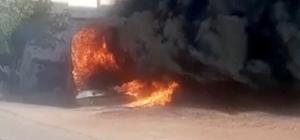 Tartıştığı kardeşinin minibüsüne benzin döküp yaktı Yangında 2 ev zarar gördü