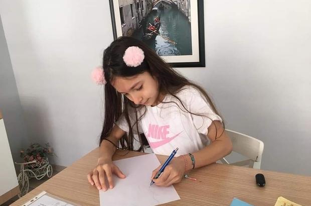 Türkiye'de uzaktan eğitim veren ilk karikatür atölyesi sergi açtı