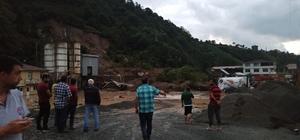 Trabzon'un Of ve Hayrat ilçelerinde sel ve heyelanların ardından yaralar sarılmaya çalışılıyor