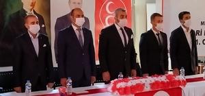 Hakkari MHP İlçe Kongresi'nde Sedat Özbek güven tazeledi