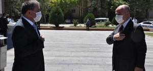 Vali Coşkun, Elbistan'da incelemelerde bulundu