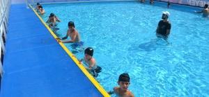 Batman'da 2 portatif havuz açıldı