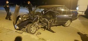 Karabük'te iki otomobil çarpıştı: 2 yaralı