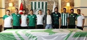 Giresunspor 8 futbolcuyla sözleşme imzaladı