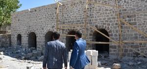 Vali Yardımcısı Kumbasar Çukurca'da incelemelerde bulundu