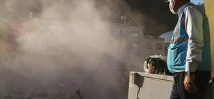 """Dereli ilçesinde selin başladığı noktadaki bina yıkım ekipleri tarafından yıkıldı Çevre ve Şehircilik Bakanı Murat Kurum ve İçişleri Bakanı Süleyman Soylu yıkımı birlikte izledi Çevre ve Şehircilik Bakanı Murat Kurum: """"Dere güzergahı üzerindeki binalarımızın kaldırma sürecini başlattık"""" """"Akkaya Deresi güzergahı üzerinde 24 tane yapı tespiti yaptık; Bu yapıları hızlı bir şekilde kaldıracağız"""""""