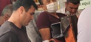 Silaj makinesine bacağını kaptırdı