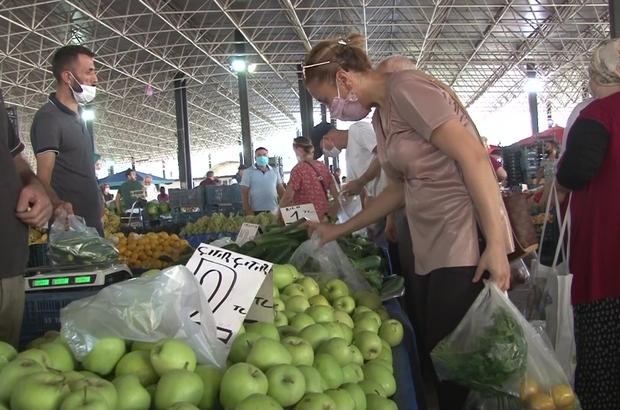 Semt pazarında fiyatlar satıcı için uygun, vatandaş için pahalı