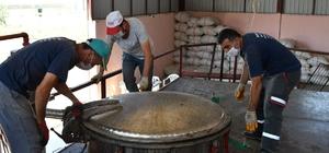 80 kilodan 7 kilo yağ çıkıyor kilogramı 400 liradan satılıyor Vali Seymenoğlu, hasat edilen lavantaların yağının çıkarılma sürecini inceledi