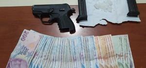 Bingöl'de bir şüpheli uyuşturucu ve ruhsatsız silahla yakalandı