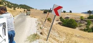 Kahramanmaraş'ta trafik levhaları yenileniyor
