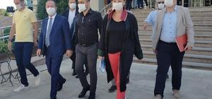 CHP'li Gürkan 'O' görüntüler nedeniyle hakim karşısında CHP'li Başkan Recep Gürkan ceza mahkemesinde yargılanıyor 'İçki adabı' gereği kadehini kaldırmış