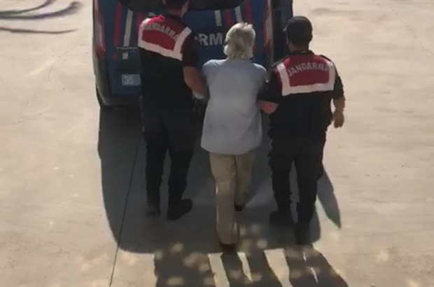 İzmir'de 13 ayrı suçtan aranan şahıs sahte kimlikle yakalandı