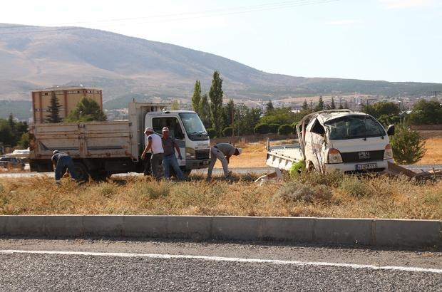 Konya'da kamyonetler çarpıştı: 2 yaralı