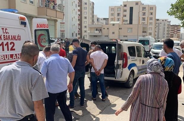'Cenazeyi kim defnedecek' kavgasında ortalık savaş alanına döndü Polisin havaya ateş edip, biber gazı sıktığı kavgada 6 kişi yaralandı, 5 kişi gözaltına alındı