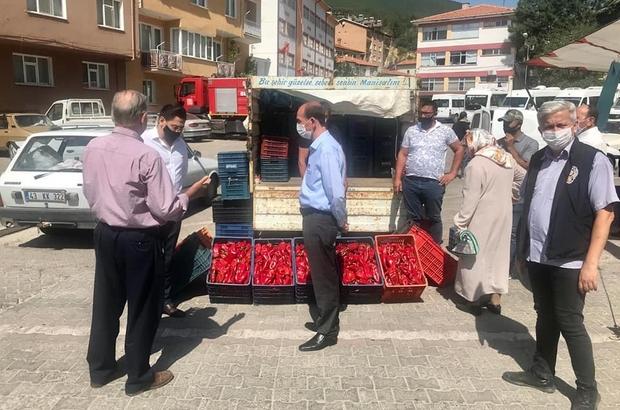 Şaphane pazarında Korona virüs denetimi