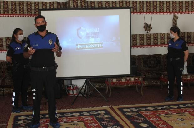 Polisten gençlere uyuşturucu ve internet uyarısı Adana polisi gençleri doğru internet kullanımı, internetten oluşan suçlar ve uyuşturucuya alışmamaları konularında uyarılarda bulundu