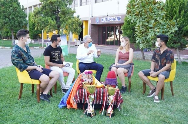 Ege Üniversitesi, öğrencileriyle hasret gideriyor
