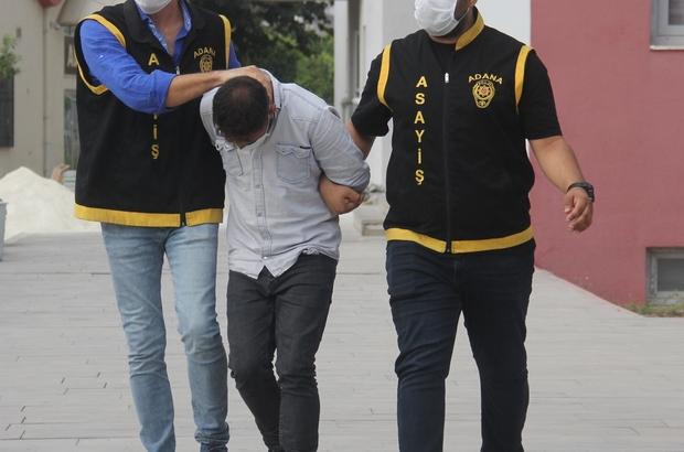 Otoyolda tır sürücülerini gasp eden zanlı tutuklandı Adana'da otostop çekip durdurdukları tır sürücülerini gasp eden zanlılardan biri yakalanıp tutuklandı