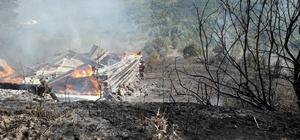 Kastamonu'da çıkan yangında 2 ev ve bir ambar kullanılamaz hale geldi