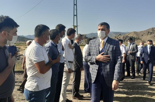 Çorum'un Osmancık ilçesinde çeltik hasadı sürüyor Osmancık'ta çeltik hasat şöleni düzenlendi Vali Mustafa Çiftçi biçerdöverle çeltik hasadı yaptı