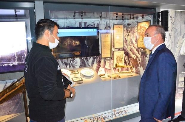 """Vali Hüseyin Öner, """"Çanakkale Savaşları Mobil Müzesi""""ni ziyaret etti"""