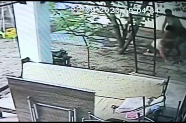 Tanımadığı kadını güpegündüz bayıltana kadar dövdü Tekme tokatlı kadına şiddet güvenlik kameralarına yansıdı
