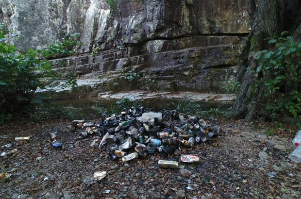 Cehennem Şelaleleri'nin çevresi atık ve çöplerle doldu Doğal güzelliği ile hayran bırakan şelaleler drone ile havadan görüntülendi