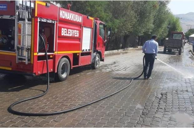 Konakkuran'da cadde ve sokaklar tazyikli suyla yıkandı