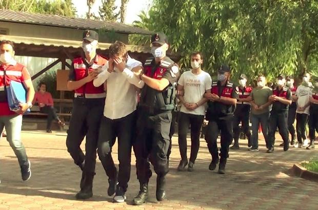 Tatil yapmak isteyen 1500 kişinin, 20 milyon TL değerinde dolandırıldığı iddiası Antalya'da tatilcileri dolandırdığı gerekçesiyle 15 şüpheli gözaltına alındı