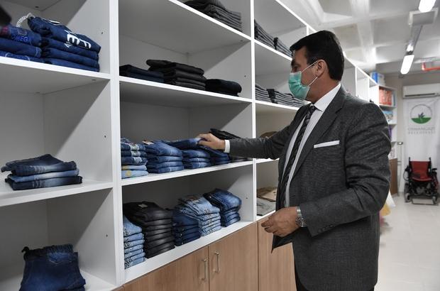 Osmangazi'den ihtiyaç sahiplerine sıfır kıyafet yardımı
