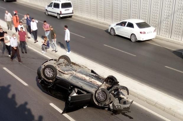 Duvara çarpan otomobil takla attı Kahramanmaraş'ta mobese kamerasına yansıyan kazada yaralanan kadın sürücü hastaneye kaldırıldı