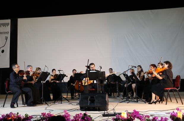 """Marmaris Amfi Tiyatro'da """"Yaz Esintisi"""" konseri düzenlendi"""
